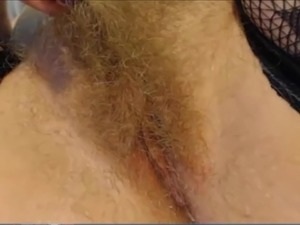 nude young hairy pussy women