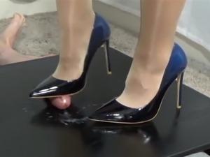 pics of teens in high heels