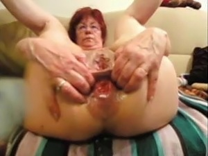 Granny nude sex