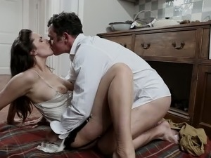 house wife wet pussy