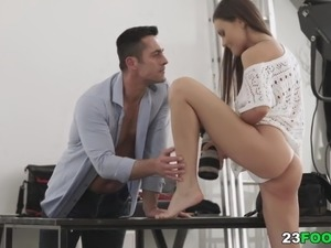 free amateur footjob movies