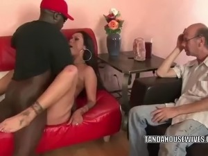 cheating wife fucks black gardener