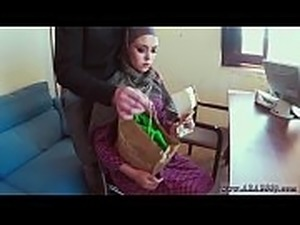 arab female girls naked hijab