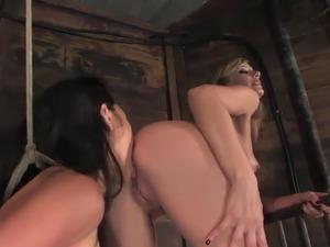 ass licking lesbians mlf