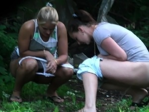 naked girls outdoor