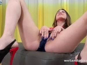 hot fat girl pissing sex