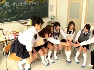 free erotic pics asian school girl