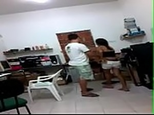 colegiales follando en salon de clases escandalo video full aqui:...