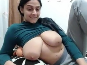 indian girls breasts