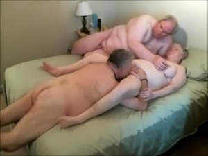 mature threesome interracial sex pictures