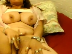 spread mexican pussy
