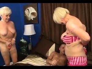 Teen hot threesome