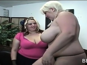 women touching thier pussy video
