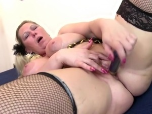 blonde mother porn